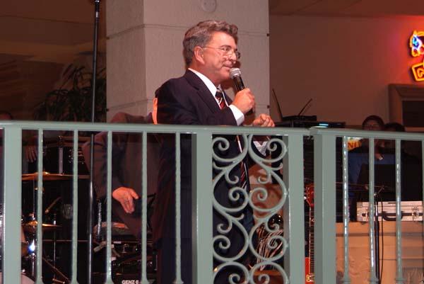 WTVJ (NBC6) newscaster Bob Mayer toasting Rick Shaw at Ricks retirement party