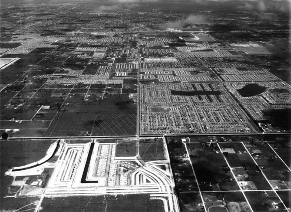 1957 - Bird Road in the middle, viewed to the east, SW Dade County
