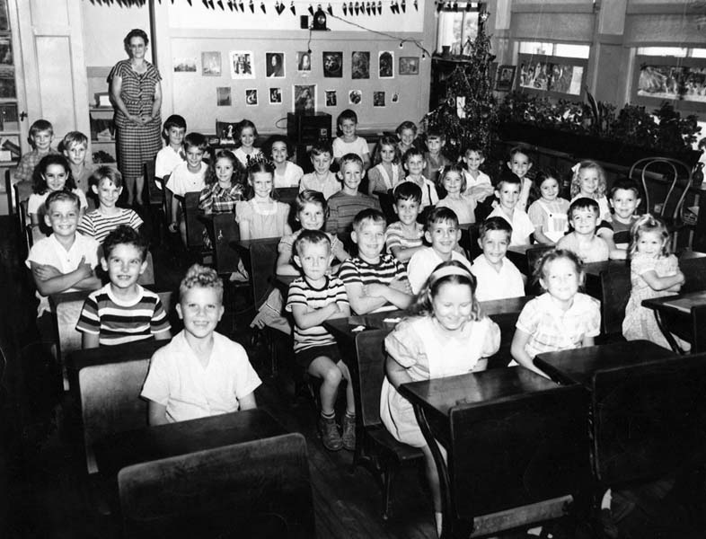 1947 - Mrs. Williams 2nd grade class at Coral Gables Elementary in Coral Gables