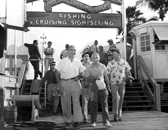 1950s - happy fishermen at the Chamber of Commerce Docks on Miami Beach
