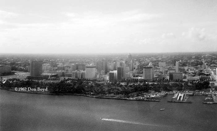 1962 - downtown Miami, Bayfront Park and the Port of Miami