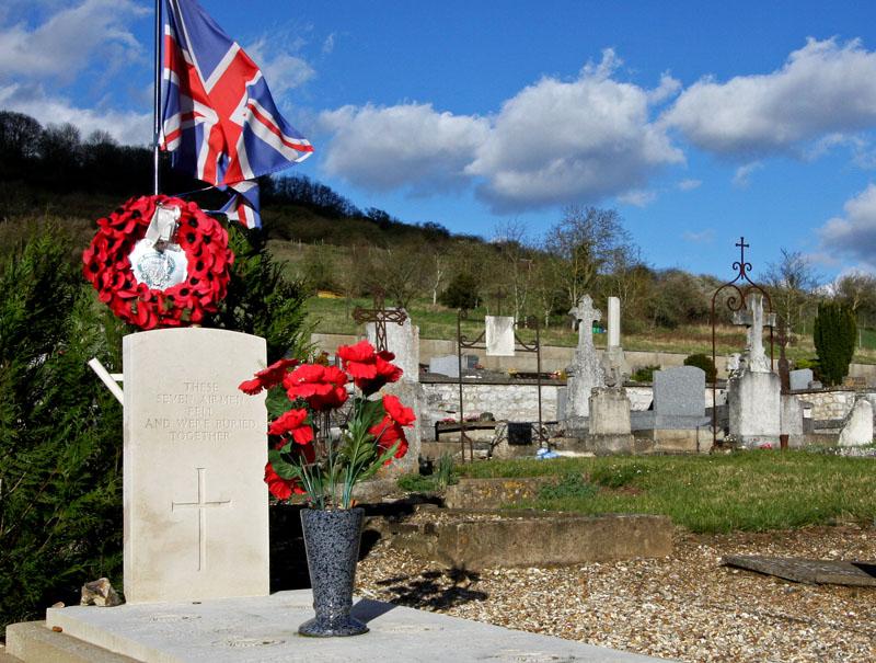 RAF Airmen Grave - Tombe des aviateurs Britanniques
