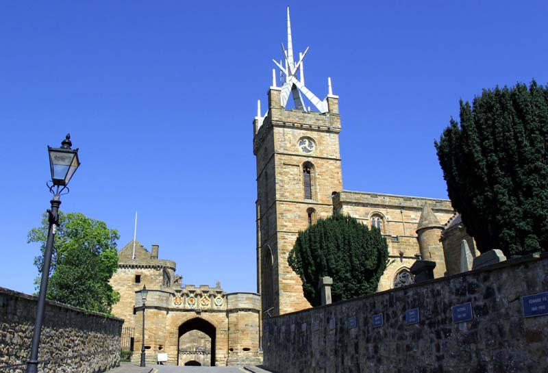 Palace Gate & Church, Linlithgow.