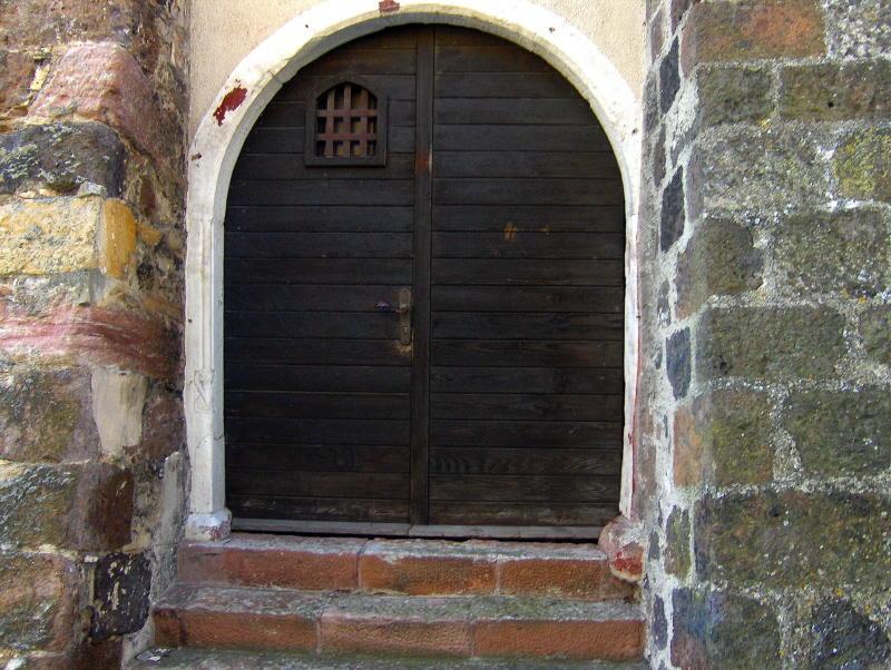 A Breisach doorway    938