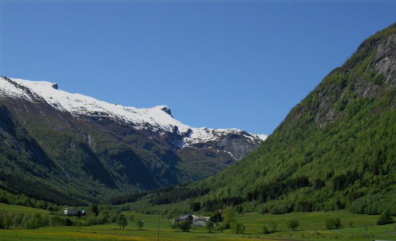 A Fjaerlandfjord 1   659
