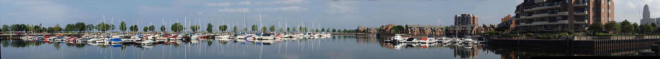 Erie_Basin_Marina_82508.jpg