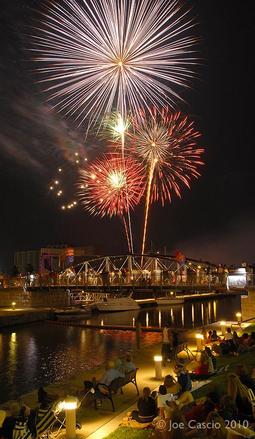 Canalside_fireworks.jpg