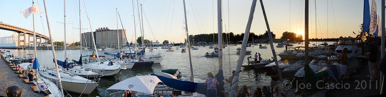 harbor_boats_pan.jpg