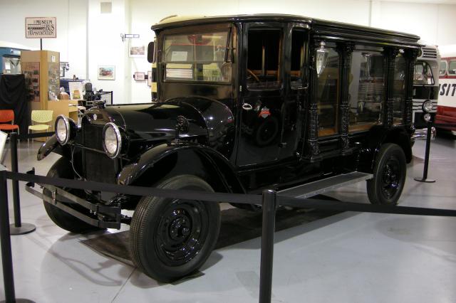 1924 Reo hearse (P5000)