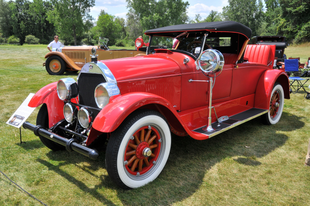 1925 Stutz Model 695 Convertible Roadster by Weyman, owned by Pete Todo