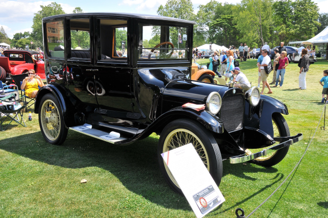 1920 Dodge Brothers Enclosed Coach, owned by Canadian Transportation Museum (PP st)