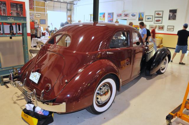 1936 Cord Model 810 Westchester Sedan (3634)