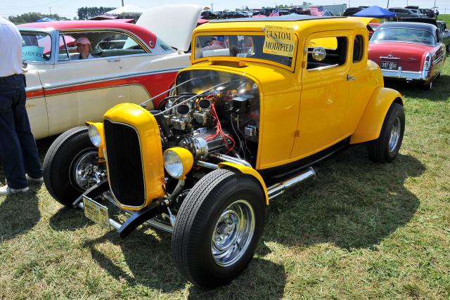 1932 Ford 5-window custom coupe hot rod (5346)