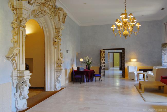 Monasterio de Rueda Lounge.jpg