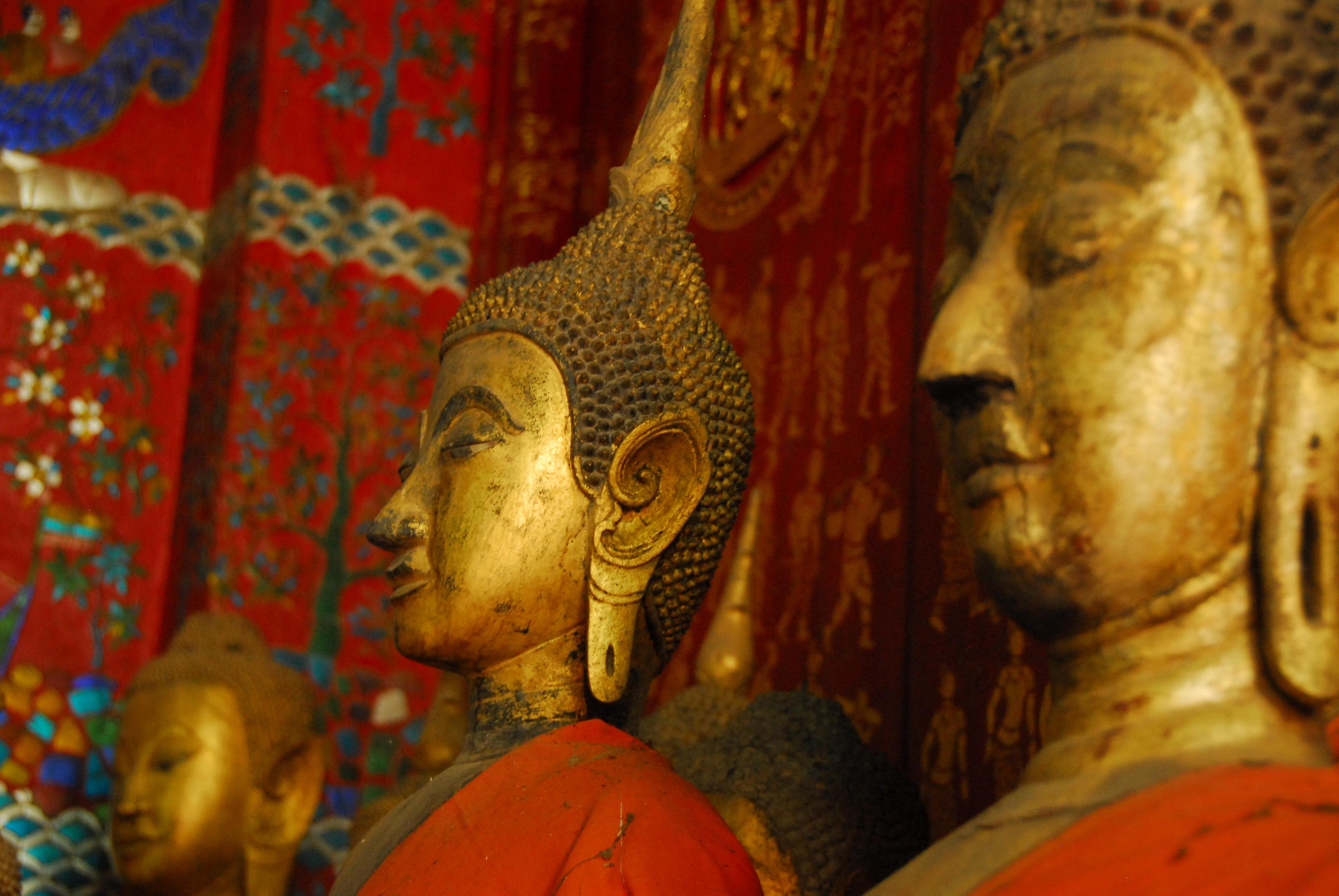 Spare Buddhas