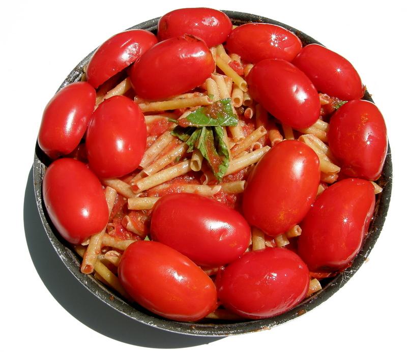 Oven Maccheroni with tomatos  San Marzano