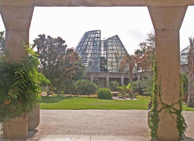 6-12-2011 Botanical Garden 23