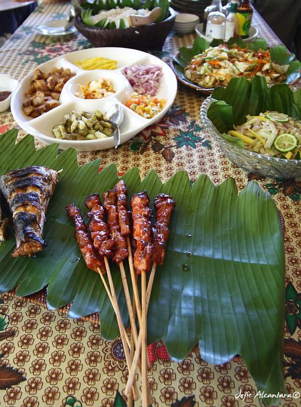 Yummy Filipino lunch buffet