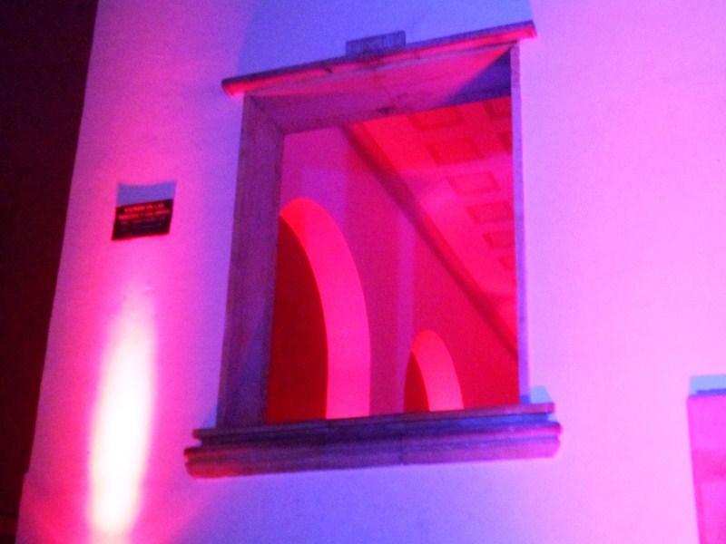 Red Window - La Bas¡lica del Se¤or de Monserrate.jpg