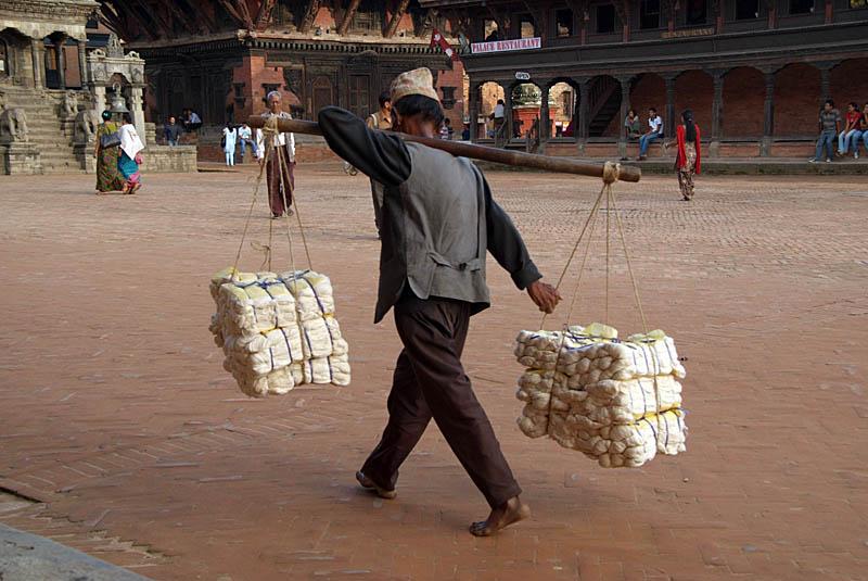 Porter in Durbar Square Bhaktapur