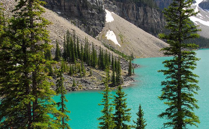 Moraine lake, Banff N.P, Canada