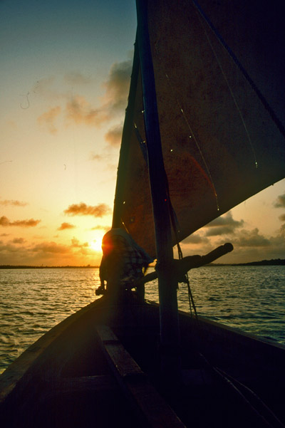 Sailing off Kisimaio