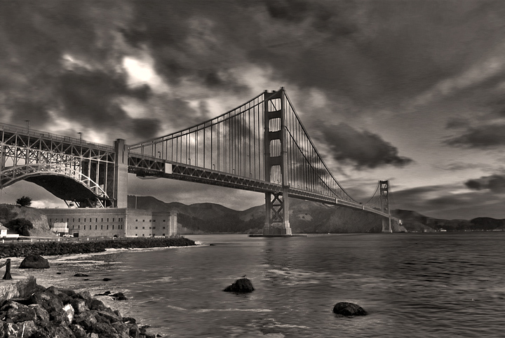 A moody Golden Gate