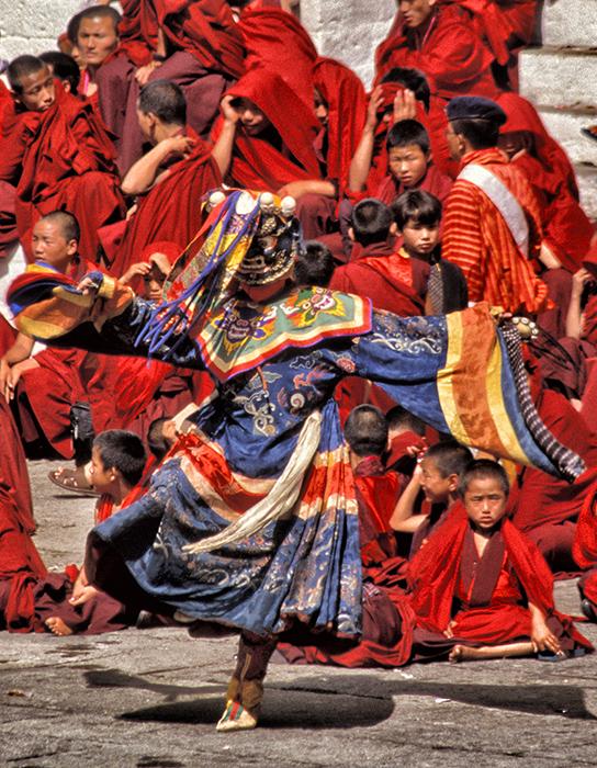 Dance Color at the Autumns Festival