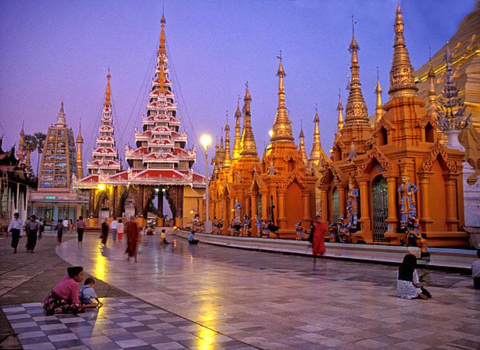 Morning Prayers at Shwedagon