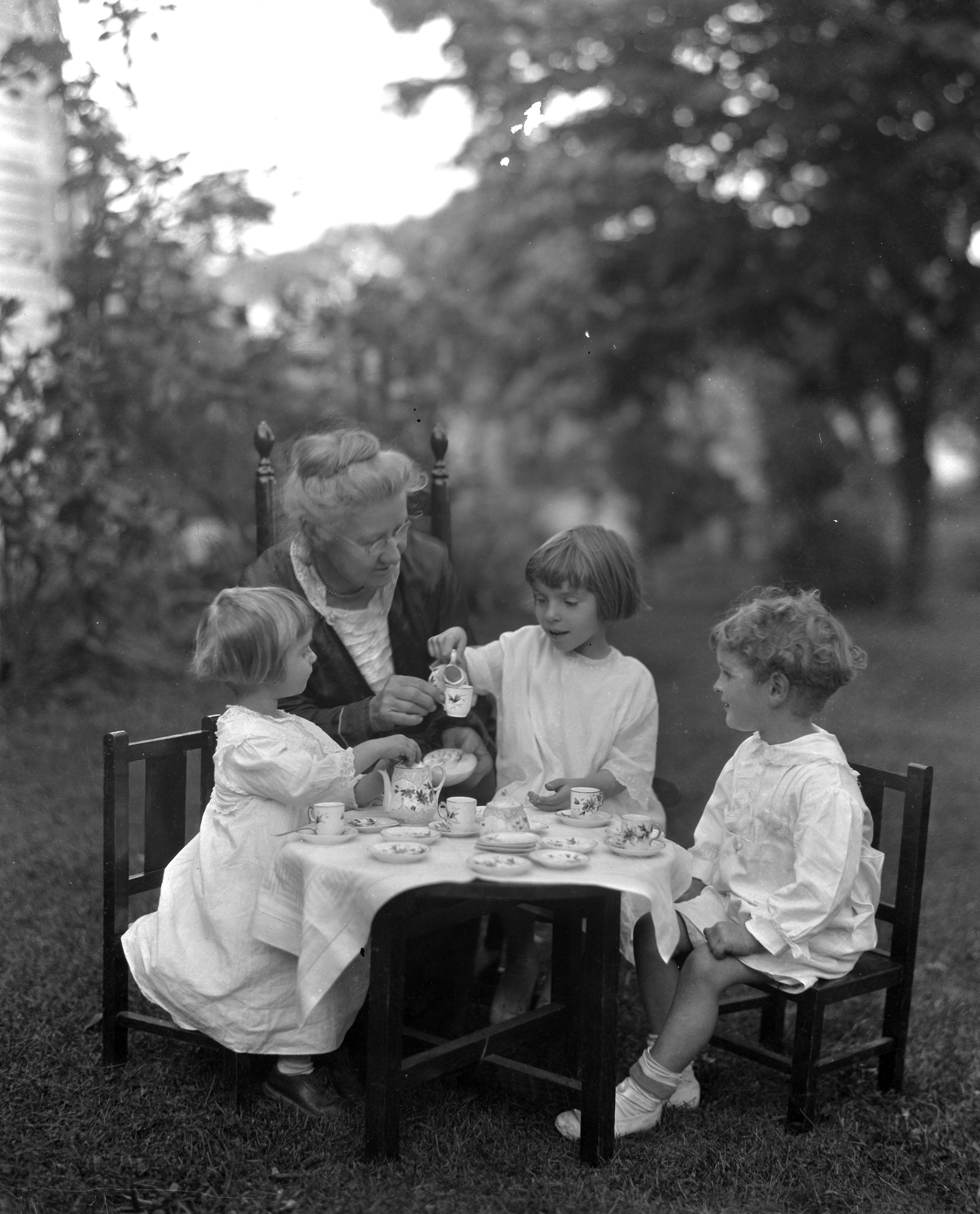 Tea Party, 1920