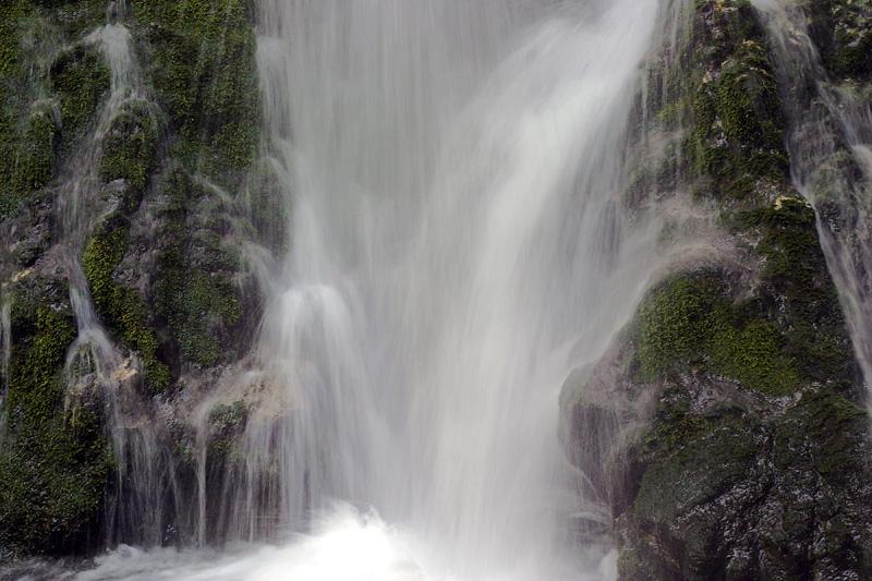 Olympic Waterfall Close up bottom.jpg