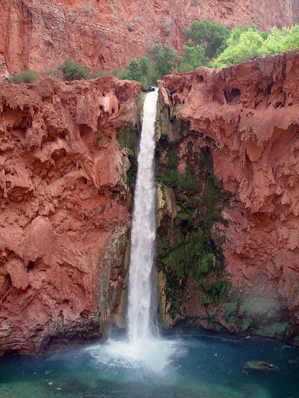 Mooney Falls.jpg