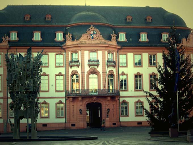 Mainzer Rathaus ( Town Hall )