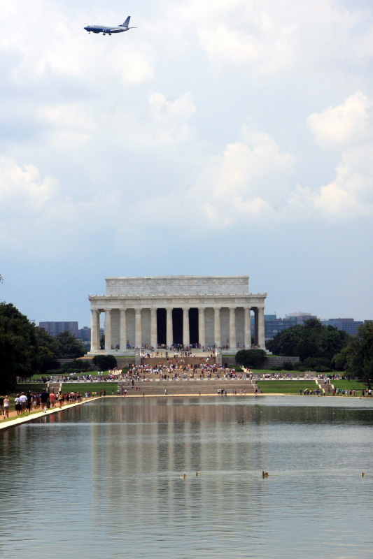 Lincoln Memorial - too close to the airport, Washington D.C.