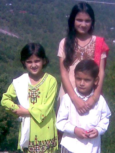 Kids near Paniola