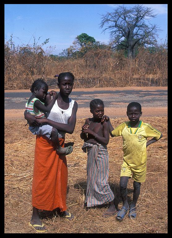 Mother and children near Tendaba