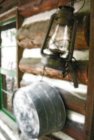 Lantern and washtub 0542