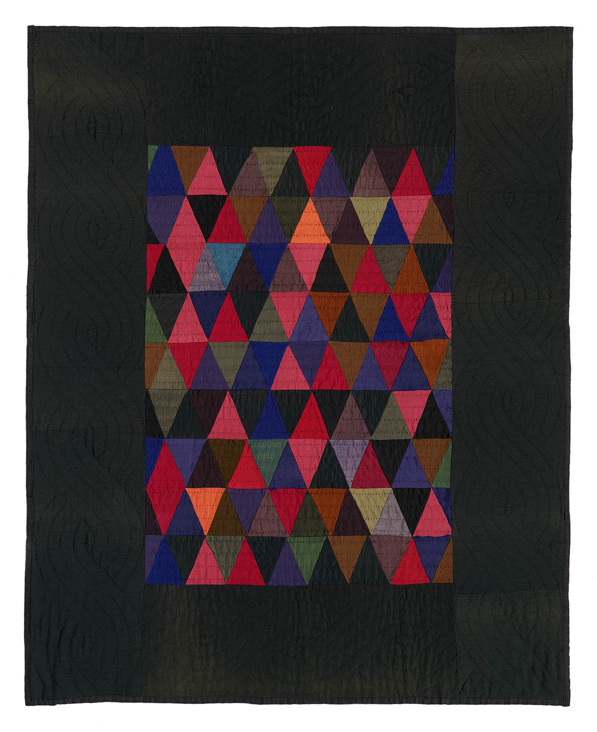 093: Triangles crib quilt, Kalona, Iowa circa 1930 41x33