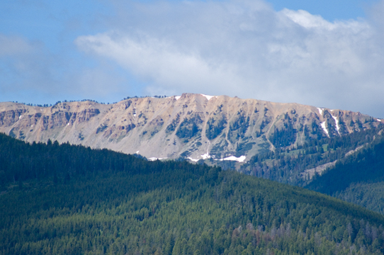 yP1000651 Mountain from BFC - Raw uncropped original.jpg