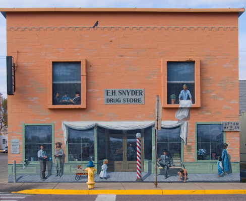 zP1020598 Art on building in Columbia Falls Montana.jpg
