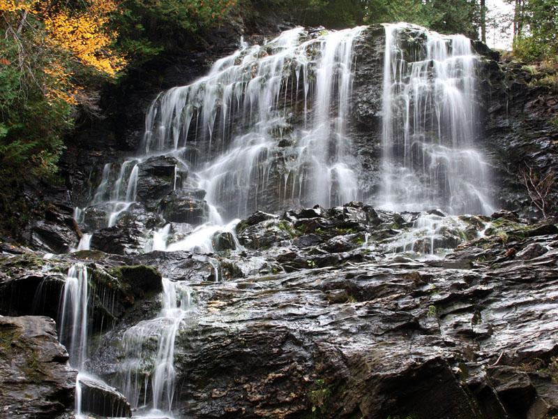 IMG_4399a Beaver Brook Falls.jpg