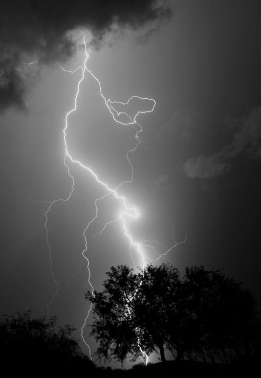 IMG_9196 Lightning B&W.jpg