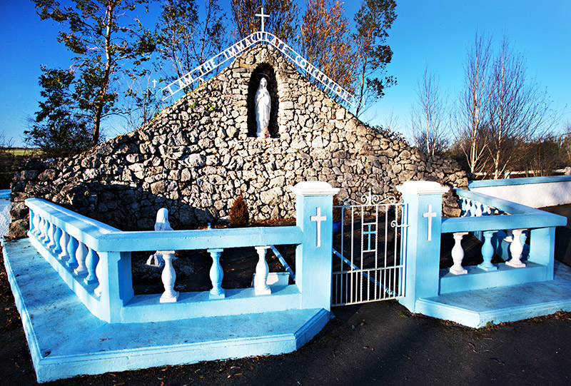 Roadside Grotto
