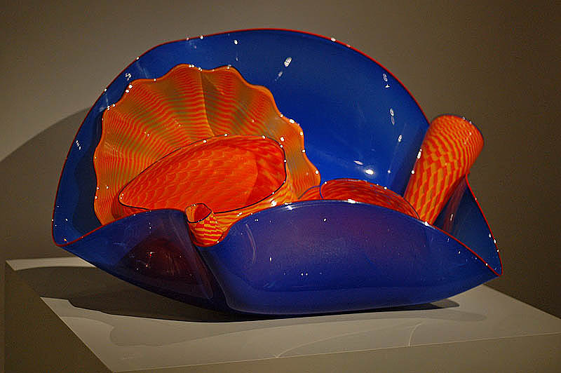 Ultramarine Stemmed Form with Orange -  Dale Chihuly, 1988