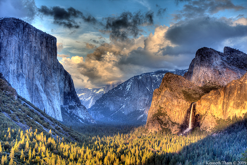 Cloudy Tunnel View (HDR)