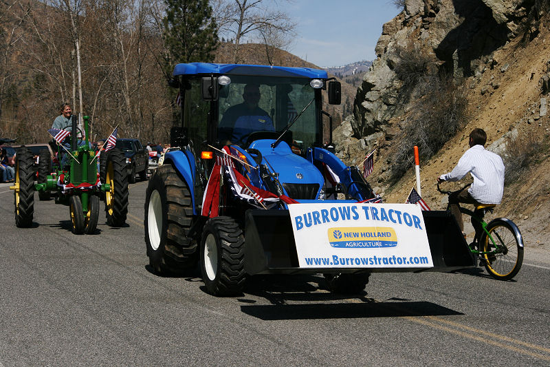 1Burrows Tractor.jpg