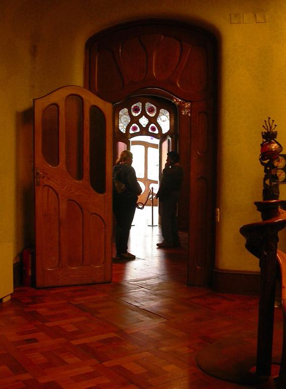 Casa Batlo - doorway and newel post