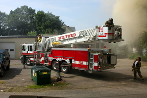 2008_milford_ct_building_fire_perkins_rouge_buckingham_ave_pic-03.JPG