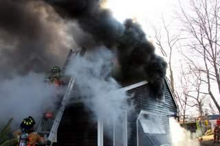 20080125-house-fire-100-hazelwood-terr-stratford-ct-0013.JPG