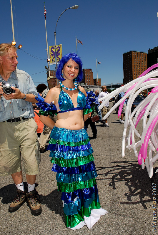 mermaidparade07-49.jpg